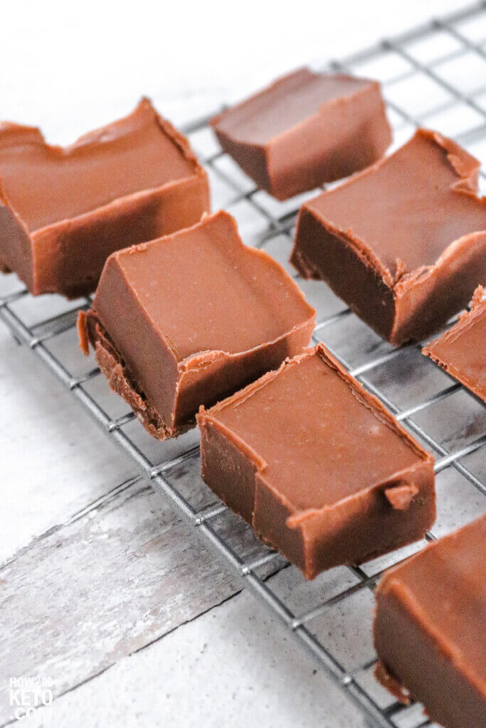 squares of homemade fudge on a wire rack