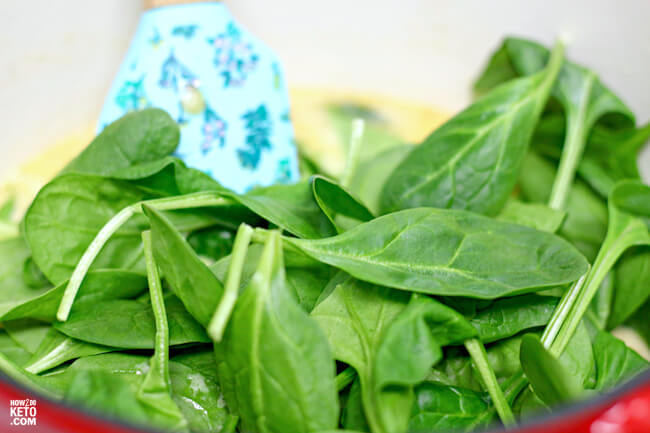 wilting spinach for Tuscan chicken recipe
