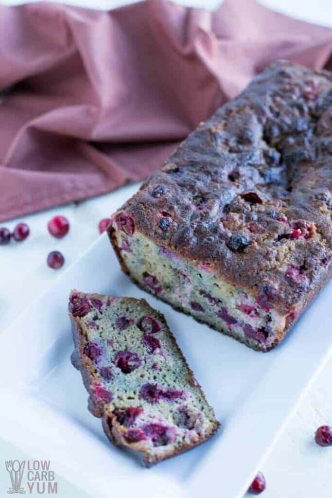 Keto Christmas desserts: low carb cranberry bread