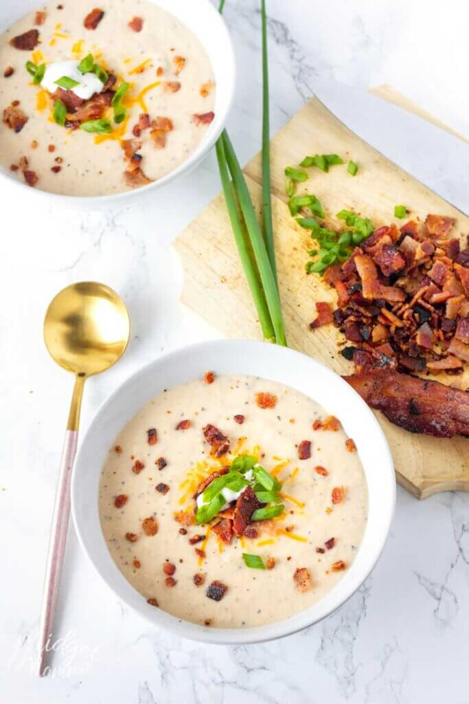 low carb bacon and cauliflower soup