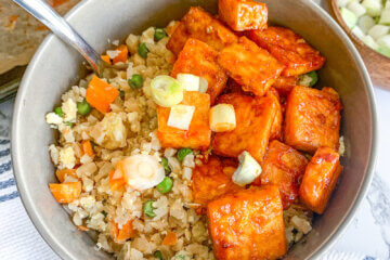 crispy firecracker tofu served with cauliflower rice