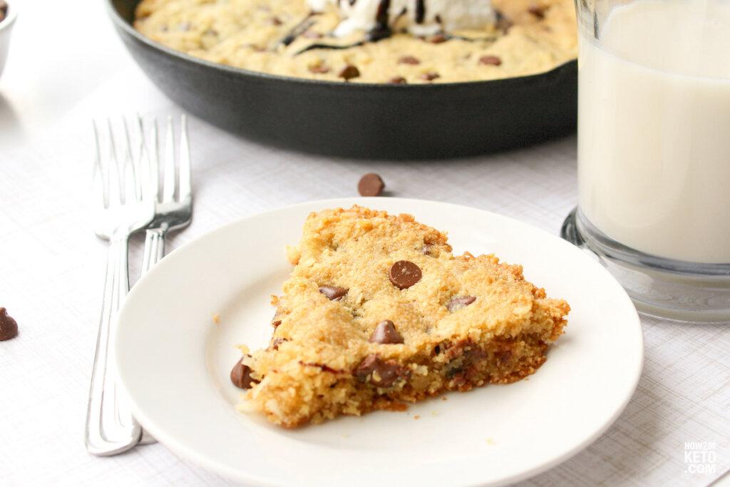 slice of keto skillet cookie
