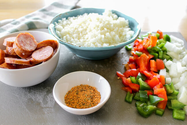 ingredients needed to make keto dirty rice with cauliflower and cajun sausage
