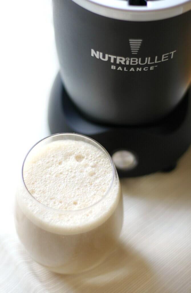 creamy keto breakfast shake in glass