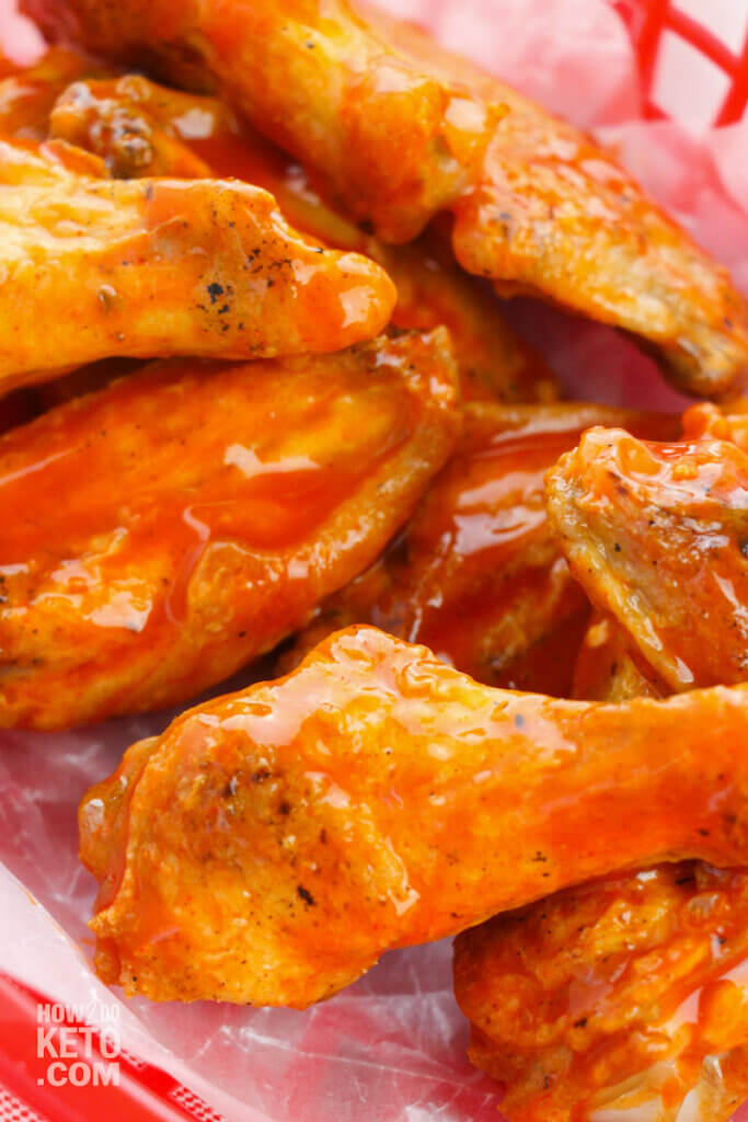 keto friendly hot wings in basket