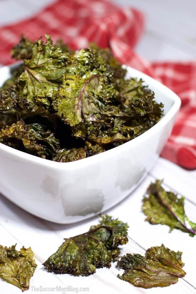 baked kale chips in bowl