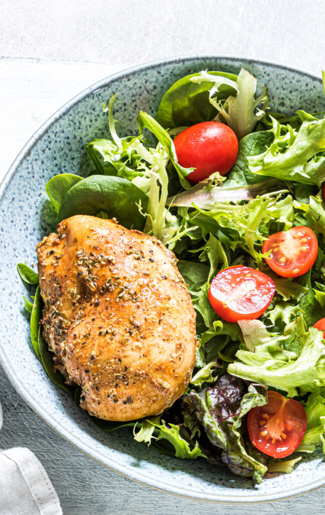 salad with grilled chicken breast